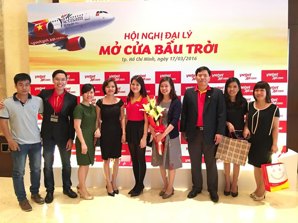 dai-ly-ve-may-bay-vietjet-quan-1-2
