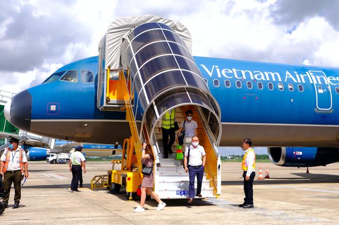 3 đường bay mới kết nối giữa Cần Thơ và Hải Phòng, Vinh, Buôn Ma Thuột vừa được Vietnam Airlines đưa vào hoạt động /// Ảnh: Đình Tuyển
